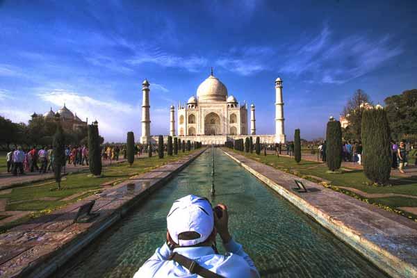 بازاریابی اینترنتی سایت گردشگری و توریستی